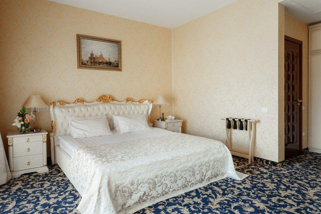. Romantic Suite Room with Romance Bedroom in the Hotel  California